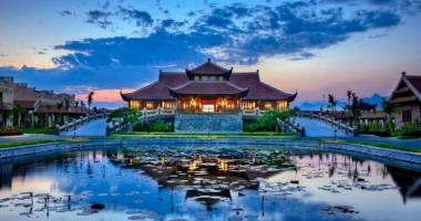 luxury resort vietnam emeralda