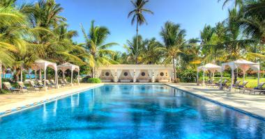 large outdoor pool nex to the beach in zanzibar